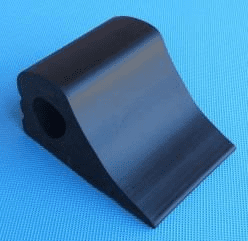 SOLID RUBBER WHEEL CHOCKS